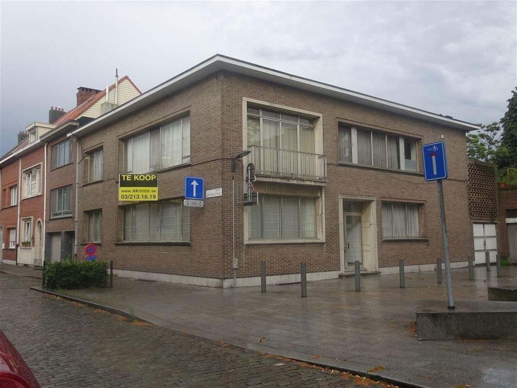 Foto 2 : Appartement te 2600 BERCHEM (België) - Prijs € 375.000