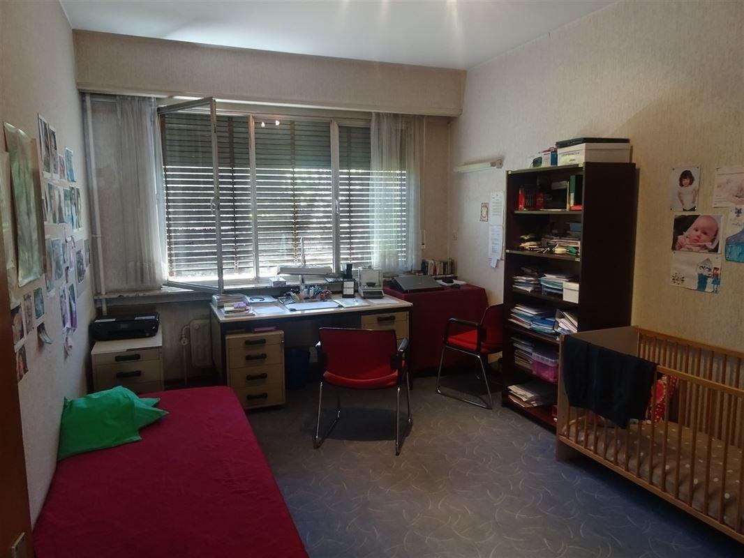 Foto 11 : Appartement te 2600 BERCHEM (België) - Prijs € 375.000