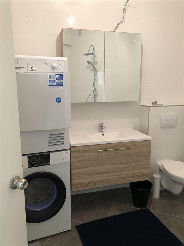 Foto 11 : Gemeubeld appartement te 2018 ANTWERPEN (België) - Prijs € 1.750