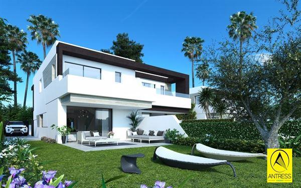 Huis te 29688 ESTEPONA (Spanje) - Prijs € 345.000