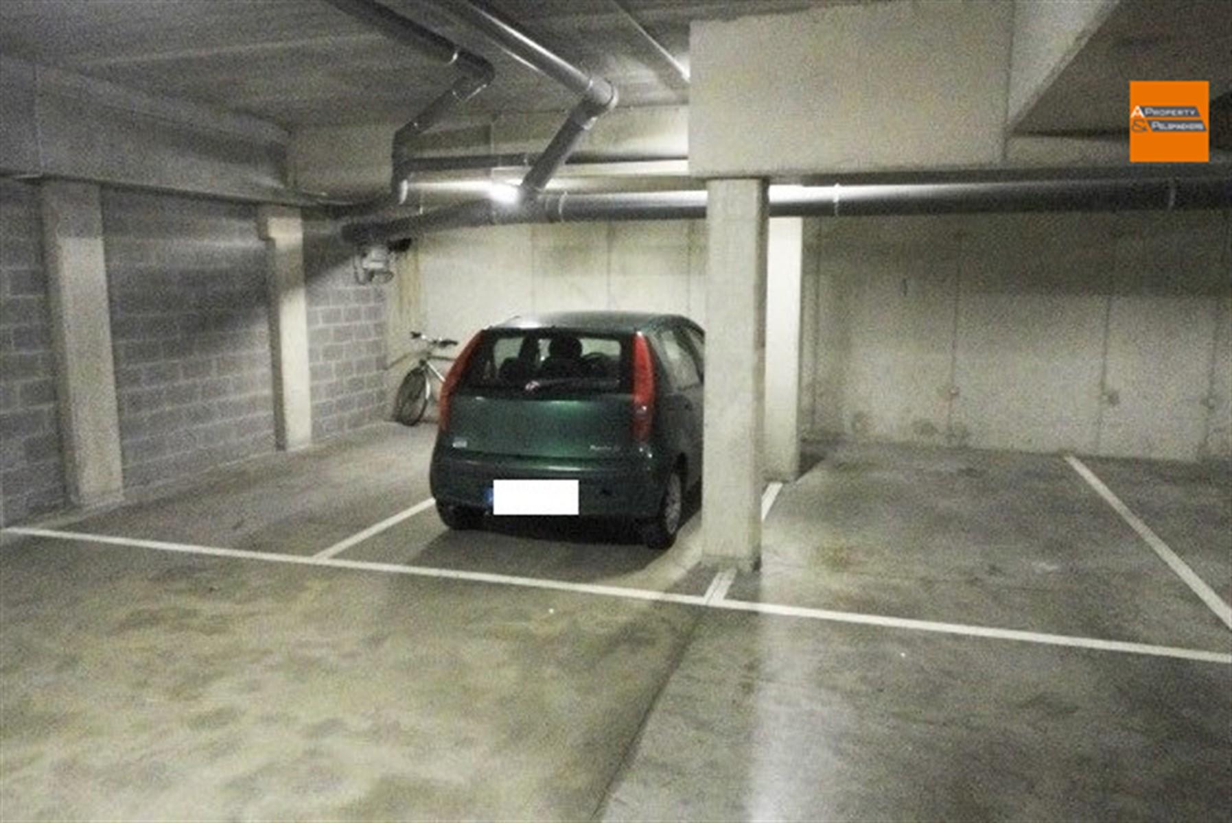 Image 1 : Parking/Boxe de garage à 3000 Leuven (Belgique) - Prix 70 €