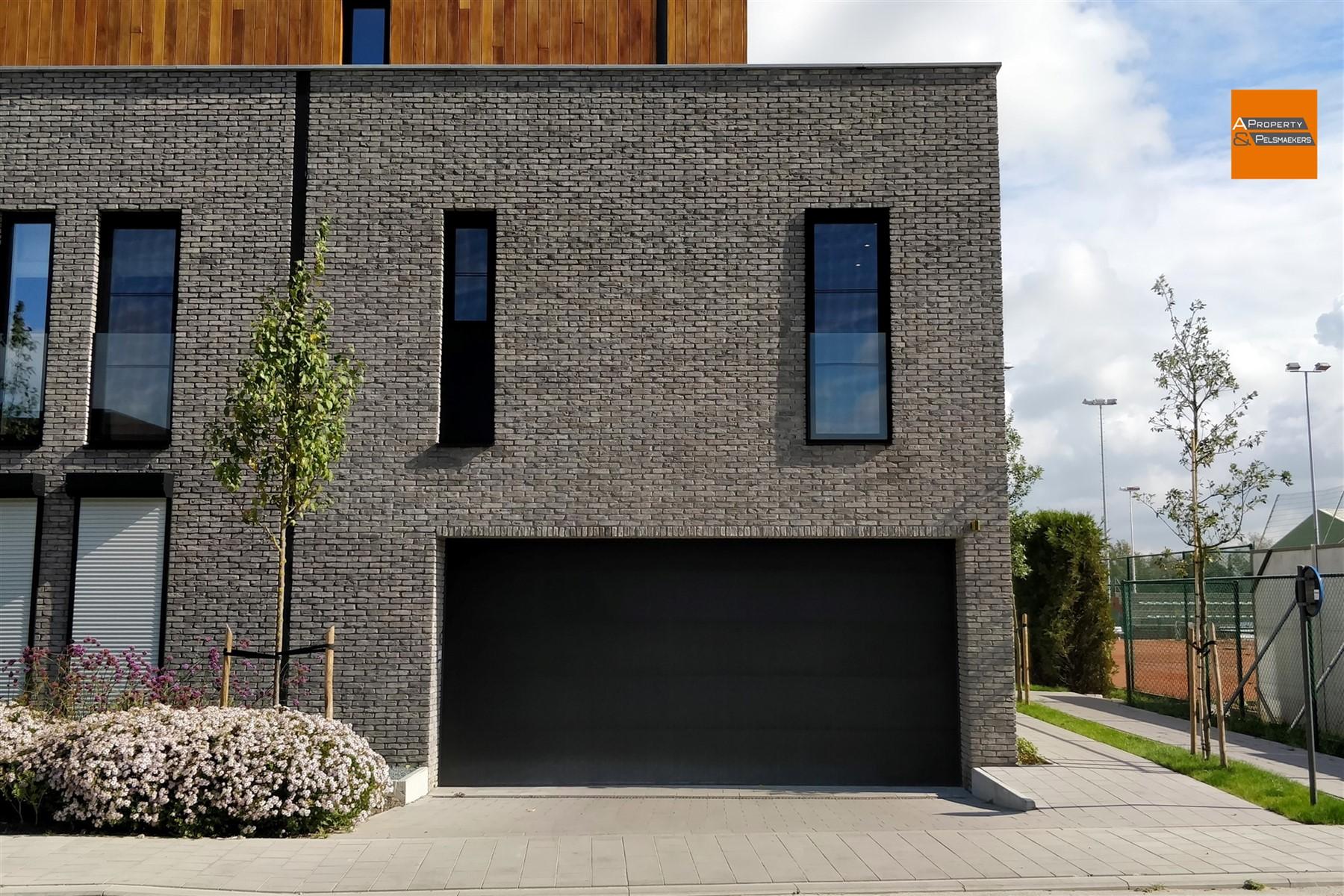 Image 1 : Parking/Garage IN 2860 Sint-Katelijne-Waver (Belgium) - Price 14.000 €