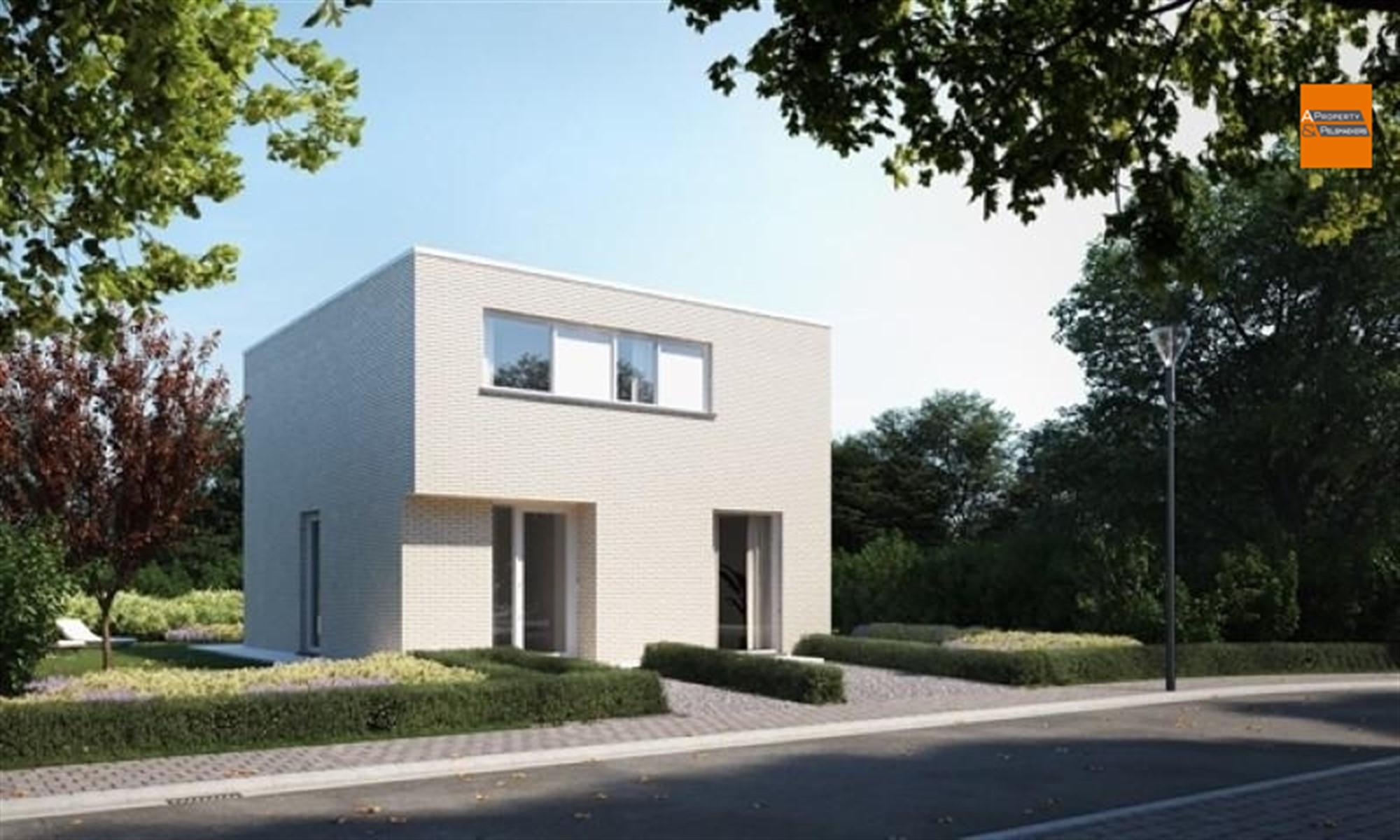 Image 1 : Maison à 1880 KAPELLE-OP-DEN-BOS (Belgique) - Prix 486.700 €