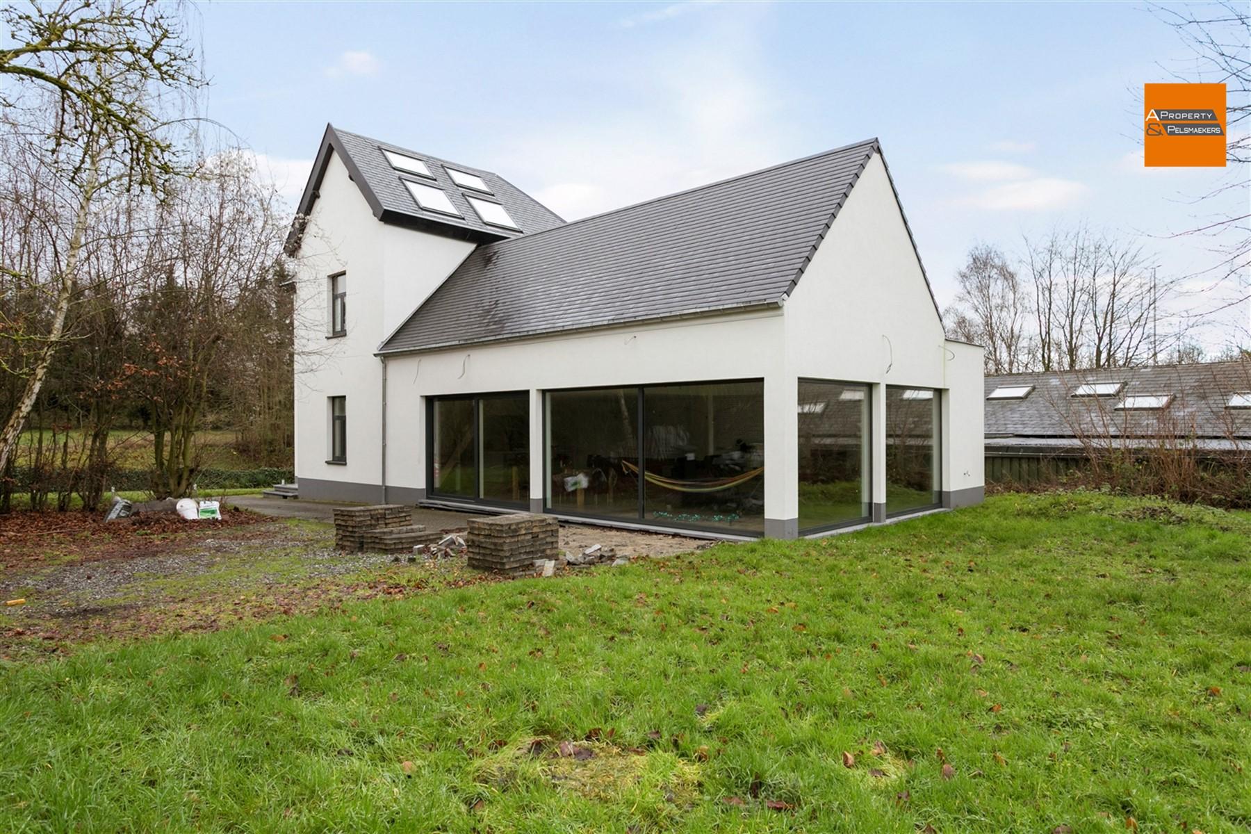 Foto 28 : Villa in 1950 KRAAINEM (België) - Prijs € 1.090.000
