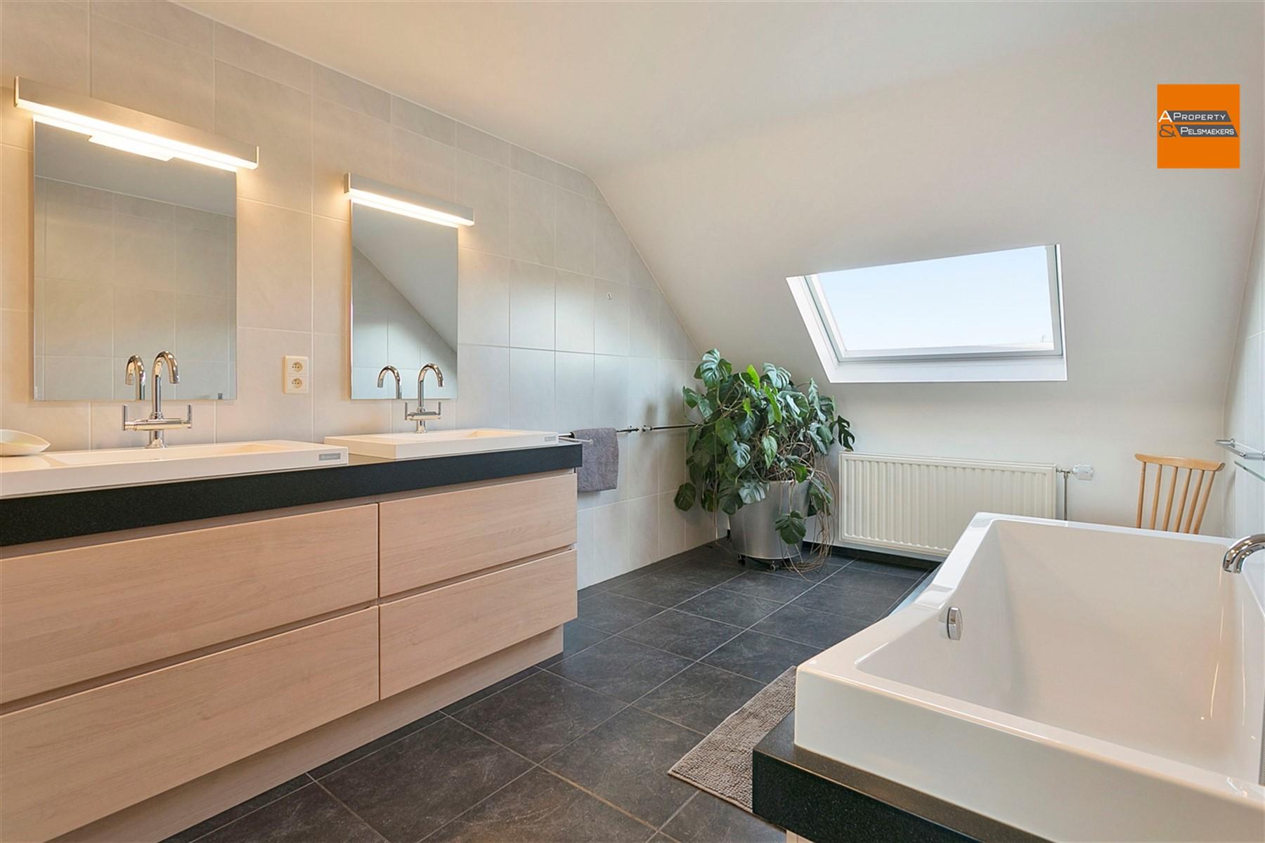 Foto 20 : Huis in 1820 STEENOKKERZEEL (België) - Prijs € 499.000