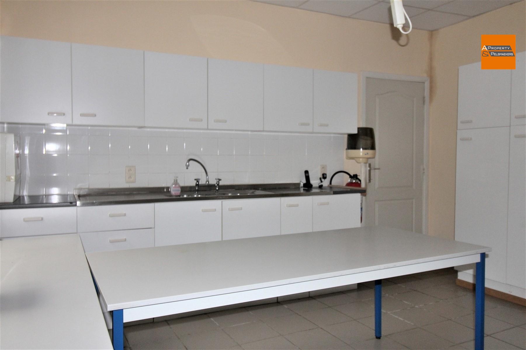Foto 14 : Winkelruimte in 3272 TESTELT (België) - Prijs € 850