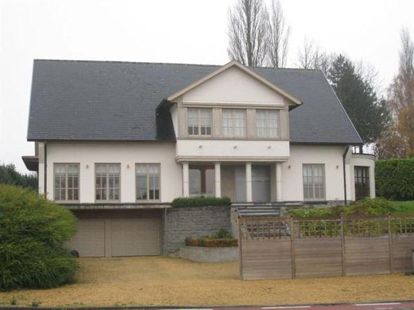 Villa/Woning/Hoeve te Oombergen (zottegem)