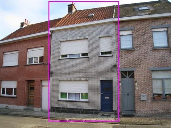 Villa/Woning/Hoeve te Denderleeuw