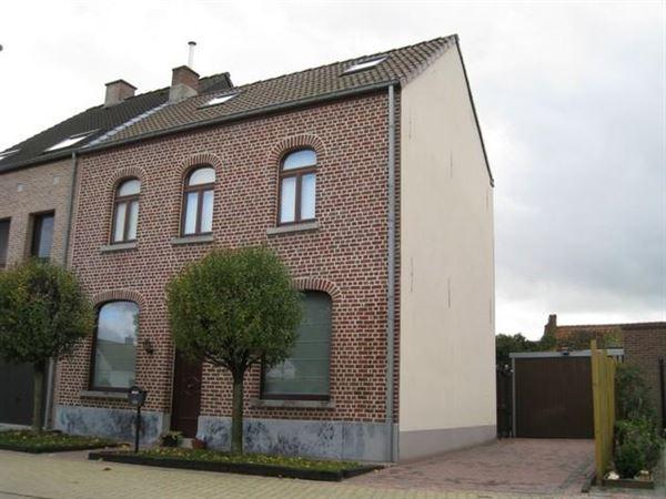 Villa/Woning/Hoeve te Hofstade (o.-Vl.)