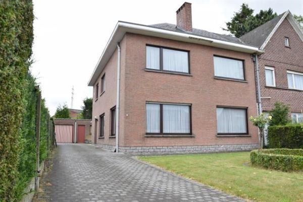 Villa/Woning/Hoeve te Denderleeuw Welle