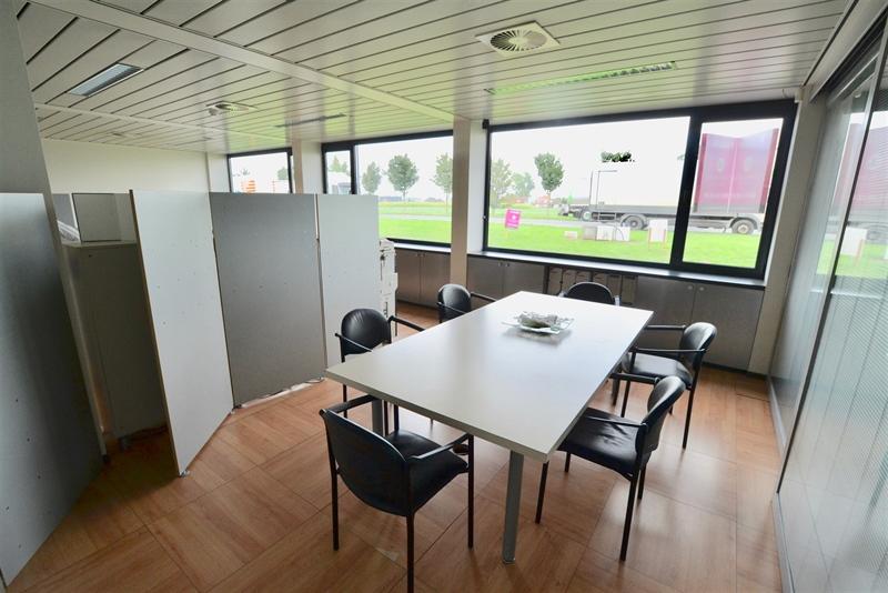 Image 2 : Bureaux à 7700 MOUSCRON (Belgique) - Prix 1.900 €