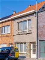 Gezellige, te renoveren rijwoning te koop in Sint-Niklaas nabij centrum