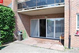 Groot gelijkvloers appartement te huur in Sint-Niklaas