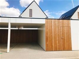 Gelijkvloers appartement met tuintje, carport te huur in Destelbergen