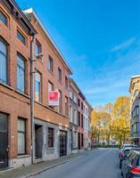 Statige woning met ruim bijgebouw centrum Sint-Niklaas