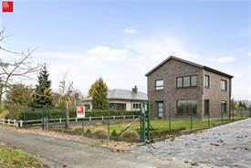 Ruime villa met tuin te huur in De Pinte