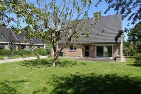 Recente villa met 4 slaapkamers te koop in Mariakerke