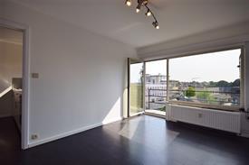Instapklare studio met zonnig terras te koop vlakbij station Gent-Sint-Pieters