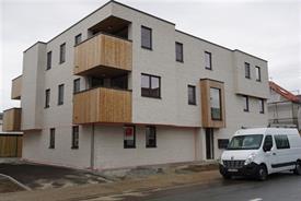 Lichtrijk appartement met zuidgerichte tuin te huur te Sint-Niklaas