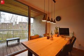 Lichtrijk appartement met garage te huur in De Pinte