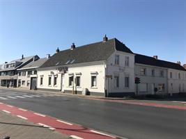 Woning met mogelijkheid tot handelspand van 22m² te huur in Destelbergen