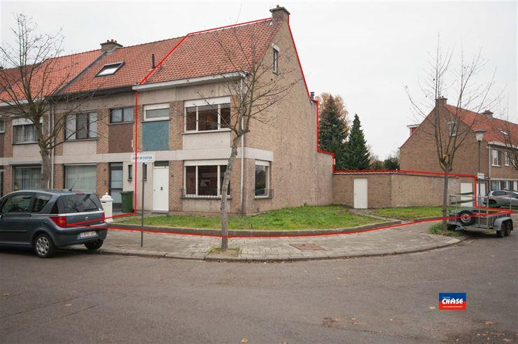 Half open bebouwing te 2660 HOBOKEN (België) - Prijs € 325.000