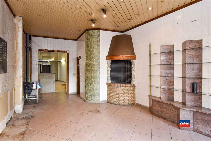 Foto 4 : Commercieel gebouw te 2660 HOBOKEN (België) - Prijs € 299.950