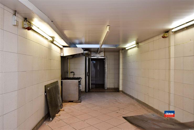 Foto 5 : Commercieel gebouw te 2660 HOBOKEN (België) - Prijs € 299.950