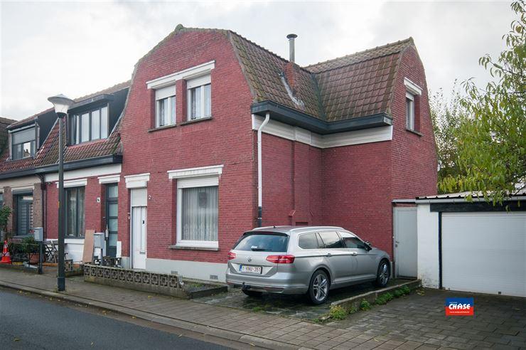 Half open bebouwing te 2660 HOBOKEN (België) - Prijs € 189.500