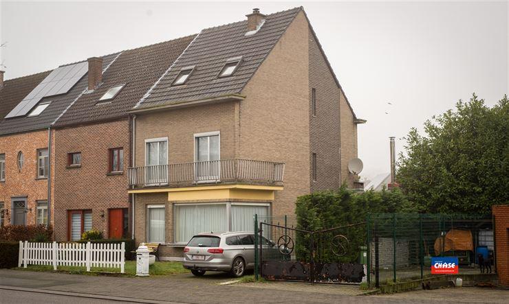 Half open bebouwing te 2620 HEMIKSEM (België) - Prijs € 339.000