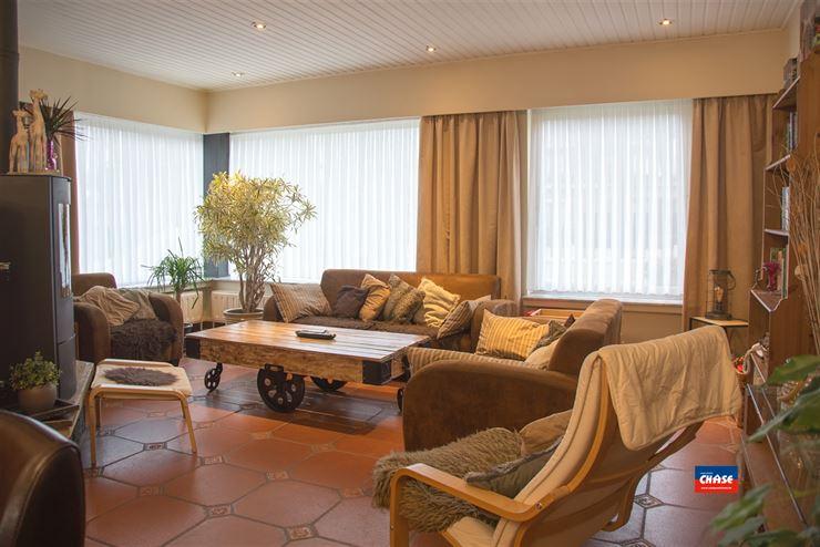 Foto 4 : Half open bebouwing te 2620 HEMIKSEM (België) - Prijs € 325.000