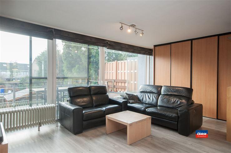Foto 3 : Half open bebouwing te 2660 HOBOKEN (België) - Prijs € 330.000