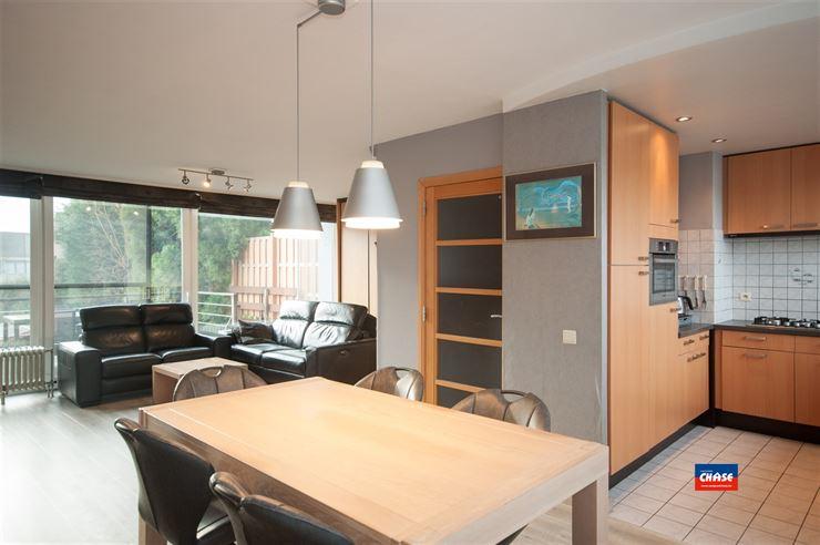 Foto 4 : Half open bebouwing te 2660 HOBOKEN (België) - Prijs € 330.000