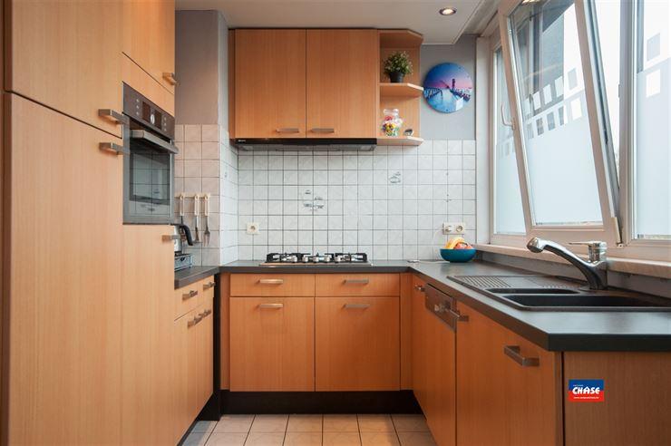 Foto 6 : Half open bebouwing te 2660 HOBOKEN (België) - Prijs € 330.000