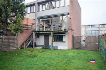 Foto 11 : Half open bebouwing te 2660 HOBOKEN (België) - Prijs € 330.000