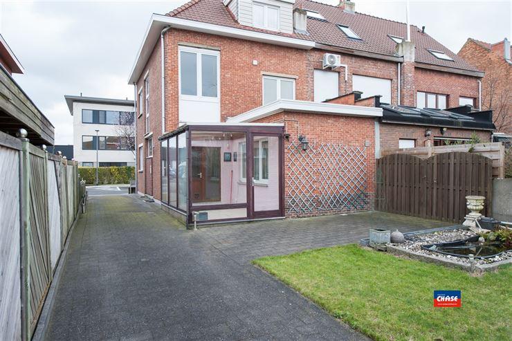 Foto 24 : Half open bebouwing te 2660 HOBOKEN (België) - Prijs € 320.000
