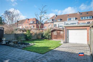 Foto 26 : Half open bebouwing te 2660 HOBOKEN (België) - Prijs € 320.000