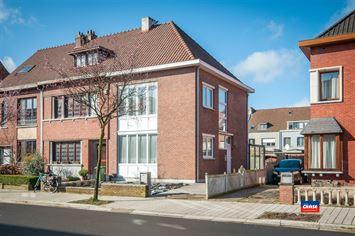 Foto 1 : Half open bebouwing te 2660 HOBOKEN (België) - Prijs € 320.000