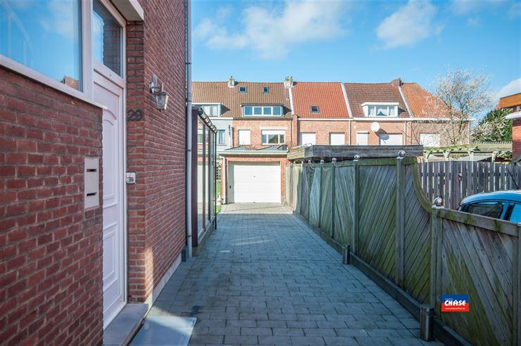 Foto 2 : Half open bebouwing te 2660 HOBOKEN (België) - Prijs € 320.000