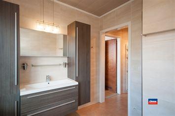 Foto 13 : Half open bebouwing te 2660 HOBOKEN (België) - Prijs € 320.000