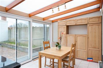 Foto 8 : Half open bebouwing te 2660 HOBOKEN (België) - Prijs € 385.000