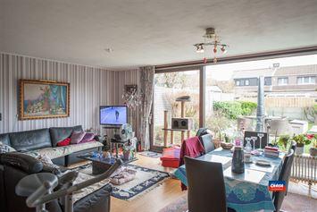 Foto 2 : Half open bebouwing te 2660 HOBOKEN (België) - Prijs € 325.000
