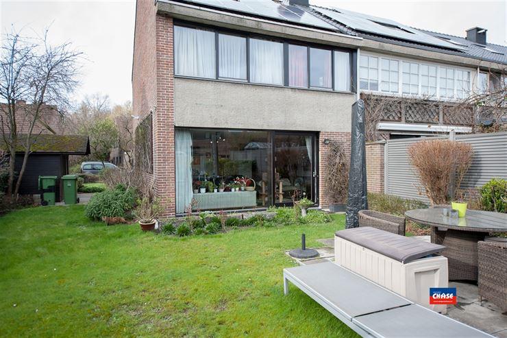 Foto 6 : Half open bebouwing te 2660 HOBOKEN (België) - Prijs € 325.000