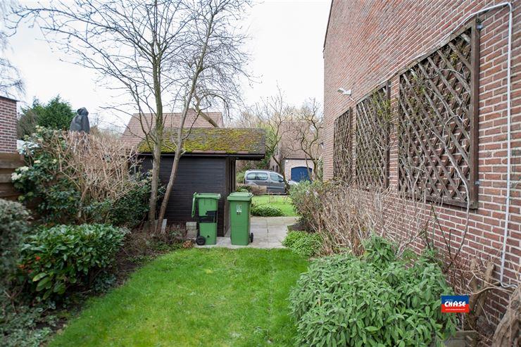 Foto 8 : Half open bebouwing te 2660 HOBOKEN (België) - Prijs € 325.000