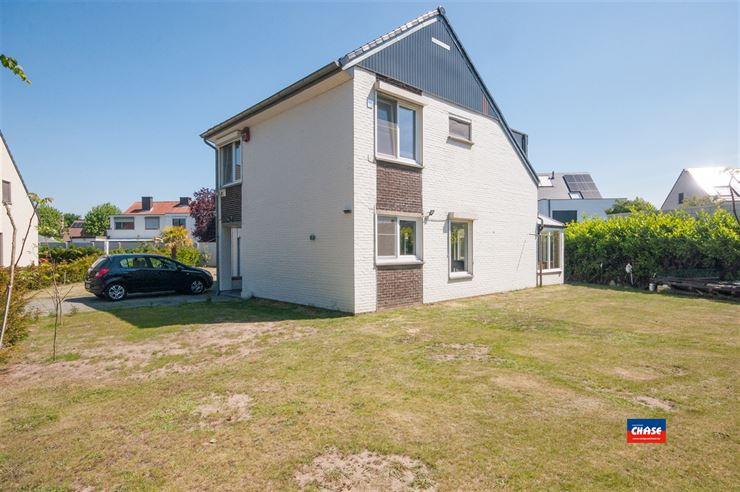 Open bebouwing te 2620 HEMIKSEM (België) - Prijs € 389.000