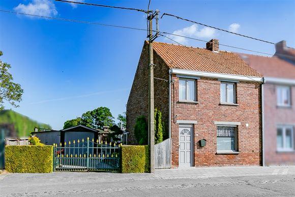Huis te koop in EERNEGEM