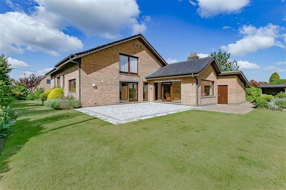 Huis te koop in AARTRIJKE