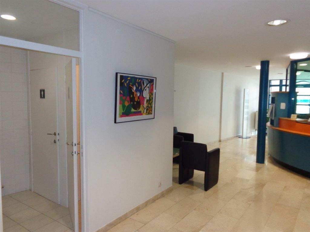 Foto 4 : Burelen te 8760 MEULEBEKE (België) - Prijs € 1.250