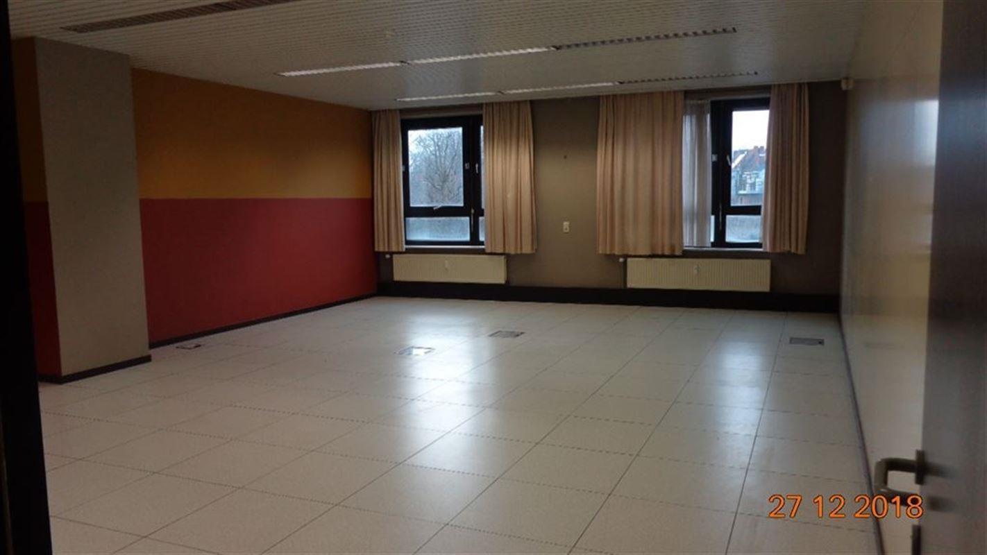 Foto 6 : Burelen te 8500 KORTRIJK (België) - Prijs € 545.000