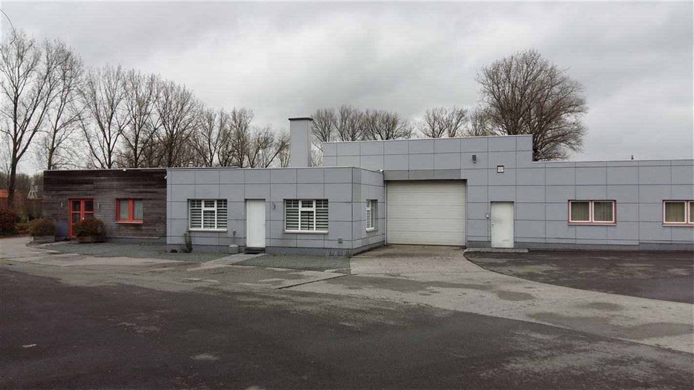 Foto 1 : Bedrijfsgebouwen te 9620 OOMBERGEN (België) - Prijs € 780.000